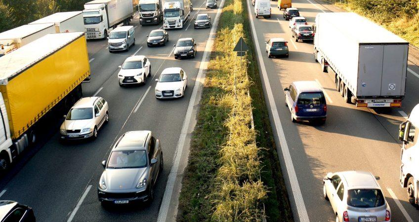 Odpowiednia firma transportowa - jak ją wybrać?