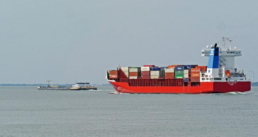 Transport kontenerowy morski - czym jest i jakie są jego zalety